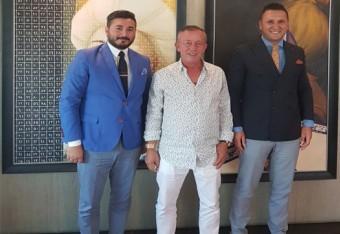 Ali Ağaoğlu ile Ankara'da Başlayacak Yeni İşinin Sözleşmesini İmzaladık